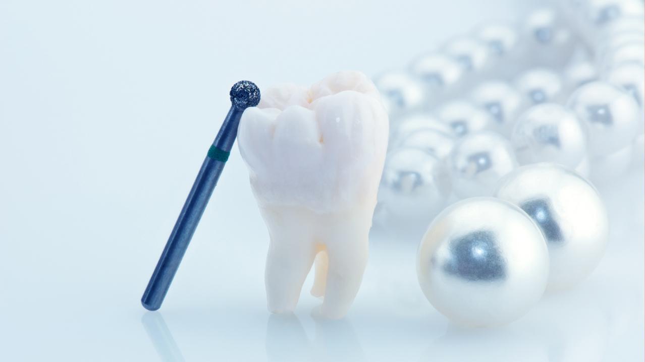 ทำไมเราต้องผ่าฟันคุด ?