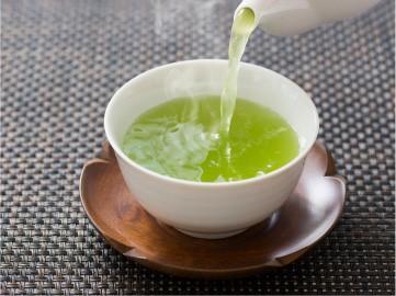 """ชาเขียว กินถูกวิธีลด """"คอเลสเตอรอล"""" ได้"""