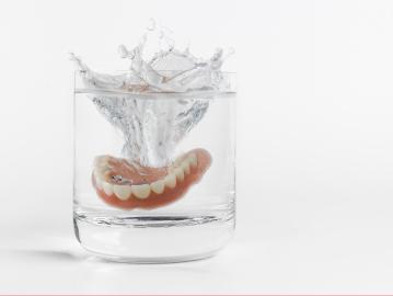 ฟันปลอม - ฟันเทียมชนิดถอดได้